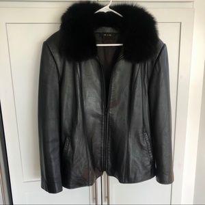Women's Leather jacket w/ fur collar